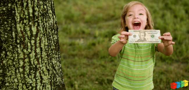 Smiling-girl-with-money